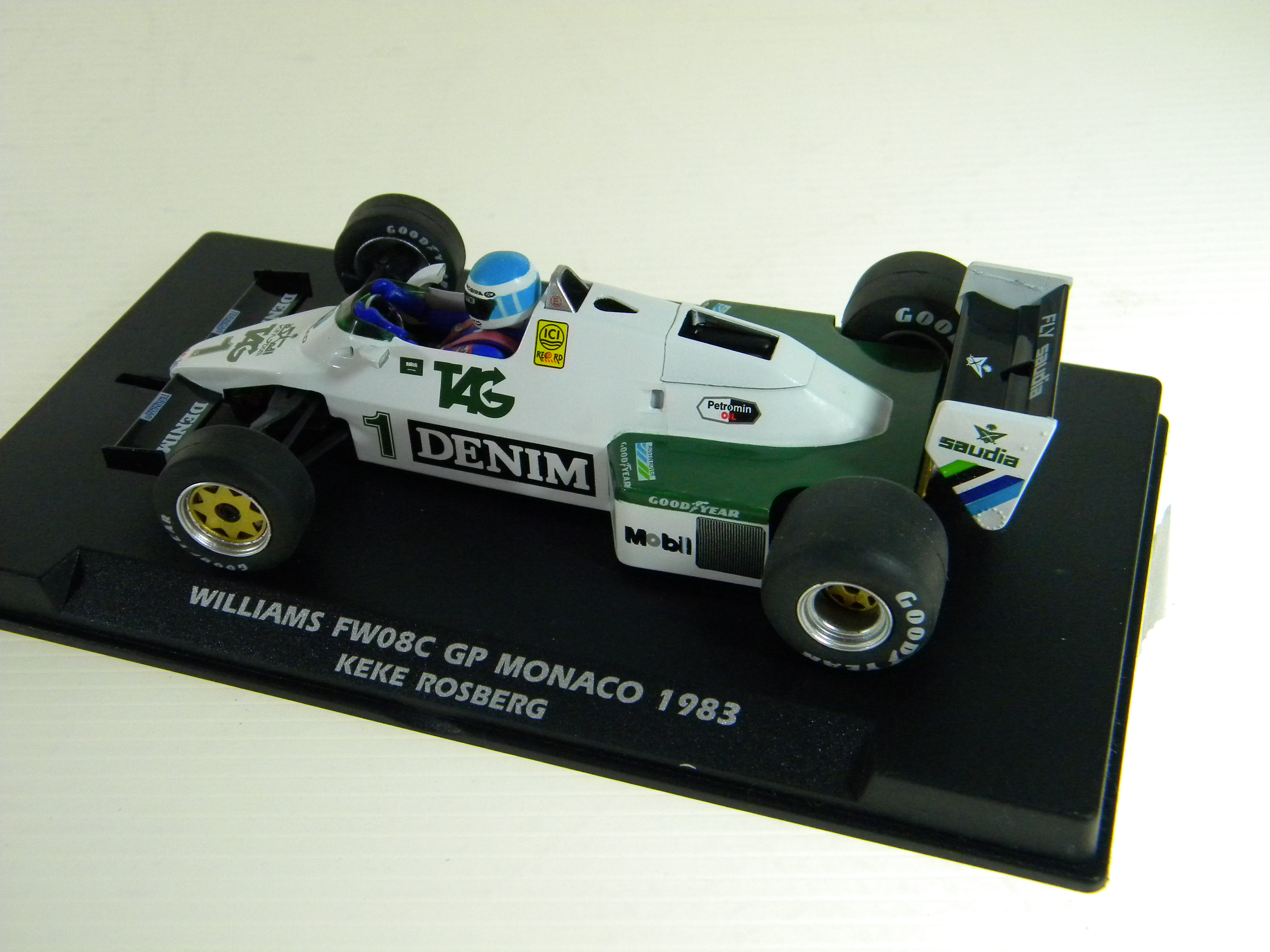 Williams (W40103